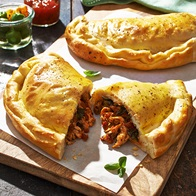Chicken  Sundried Tomato Pesto Calzones
